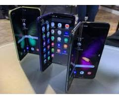 Galaxy Fold VS Huawei Mate X: Foldable Phones